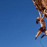 Entdecken Sie das Klettern und Outdoor-Sportarten im Allgemeinen – Aktivitäten, an denen in diesem Gebiet kein Weg vorbeiführt.
