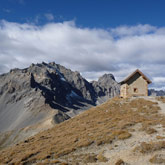 Make the most of your holidays by hiking in the fabulous Hautes-Alpes especially through Queyras.